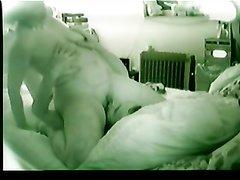 Немецкое любительское порно со скрытой камеры, зрелая дама балдеет в позе фейсситнга и 69 положении