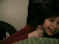 Реальный минет от молодой брюнетки снимает на видео ей преданный поклонник