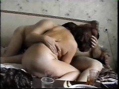 Русское любительское порно с реальными зрелыми свингерами, трахающимися после работы