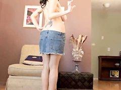 Домашнее видео с прекрасной зрелой француженкой, у неё большие сиськи и сладкая фигура
