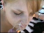 Немецкое порно снятое на пляже под открытым небом с минетом и окончанием на лицо