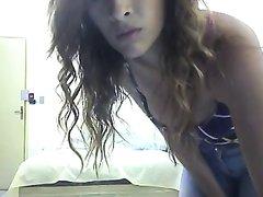В видео со скрытой камеры латинская пара балдеет от кайфа, бразильянка сидит на лице партнёра