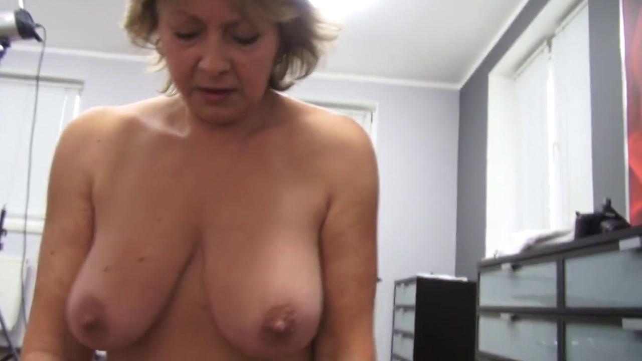Секс со зрелой леди