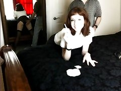 Покорная секретарша для домашнего видео отдалась шефу повернувшись к нему попой