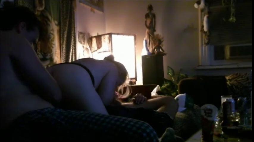 Муж привёл друга для любительского секса втроём, потому что жене нужно двойное проникновение
