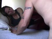 Только после домашнего куни жена раздвинула ноги перед супругом желающим секса