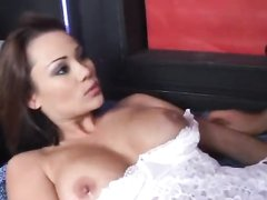 domashnee-lyubitelskoe-porno-video-v-chulkah-russkoe-realnoe-domashnee-video-seksa-onlayn