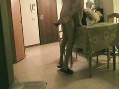 Скрытая камера сняла домашнее видео с супружеской изменой развратной дамы