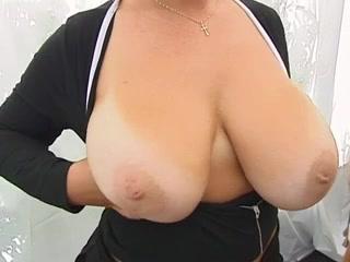 Шикарная зрелая дама видео