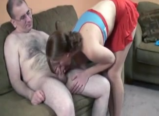 порно уговорил замужнюю соседку