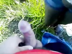 Горячая бразильянка сосёт пикаперу бесплатно, который трахает в киску и кончает внутрь