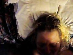 Толстый член негра в видео от первого лица входит в рот зрелой любовницы