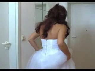 Невеста в свадебном платье в видео трахается с любовником в последний раз