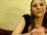 Молодая любовница в порно от первого лица мастурбирует член до окончания на ладони