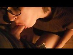 Домашнее видео с минетом от очкастой проститутки, вставшей на колени для отсоса