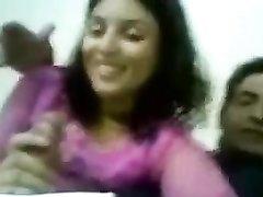 Реальная индийская пара снялась в видео с лучшим в мире минетом от смуглянки