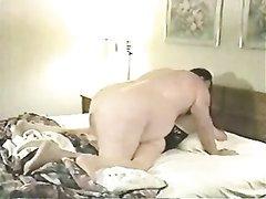 Толстяк способен на любительский секс только с выносливой проституткой