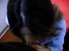 Зрелая сотрудница на работе бесплатно отсосала член с окончанием на лицо