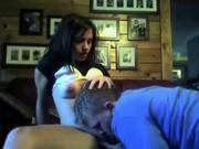 Для молодой пары домашний секс с лизанием киски приятен перед вебкамерой