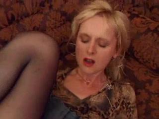 Порно стонет