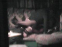 Домохозяйка сняла на видео скрытой камерой длительный куни от женатого соседа
