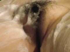 Домашний лесбийский массаж снят на видео подглядывающим доброжелателем