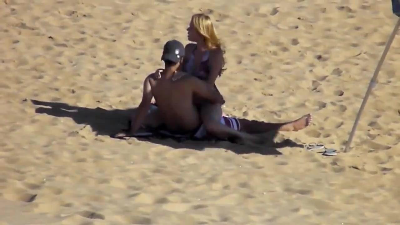 Секс с прохожим на пляже фото 392-786