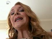 Домашний минет от гламурной зрелой шлюхи с ухоженной внешностью снят на видео
