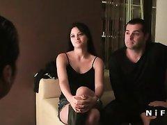 Французской паре для домашнего порно втроём понадобился опытный знакомый