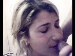 Татуированная болгарка в домашнем порно кайфует от анального проникновения