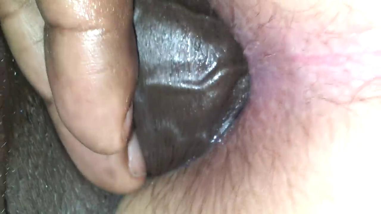 zhestko-negr-trahnul-gluboko-v-anal