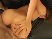После куни очаровательная дама в любительском порно сделав минет приняла позу