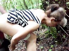 Любительский секс русской пары в лесу подглядывают и снимают на камеру
