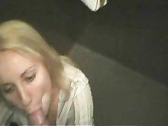 Любительский минет от первого лица сделан для видео уличной проституткой